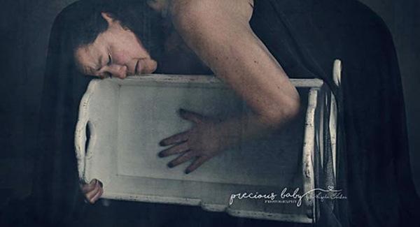 Fotografka zobrazila smútok žien po potrate v nádhernej sérii fotografií